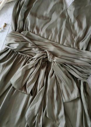 Нарядное стильное и легкое платье от caroline biss в цвете хаки с бантом,длина миди4 фото