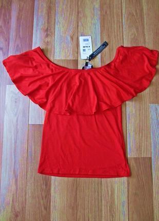 Красная футболка с оборкой воланом  coolcat