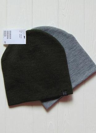 H&m. размер 8-14 лет. новый комплект из 2-х шапок для парня