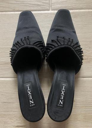 Сатиновые чёрные мюли на каблуке kitten heel