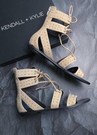 Kendall + kylie оригинал бежевые сандалии гладиаторы на шнуровке