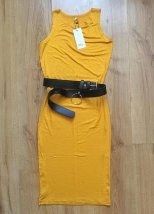 Горчичное платье-майка пояс в комплекте