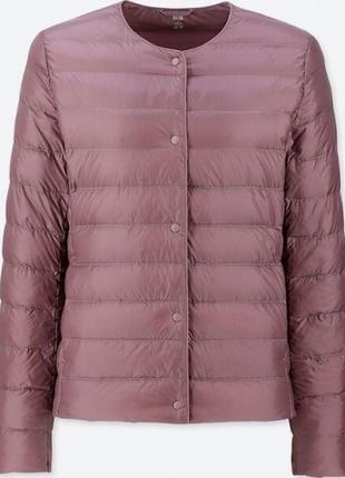 Фиолетовая ультралегкая куртка на пуху uniqlo