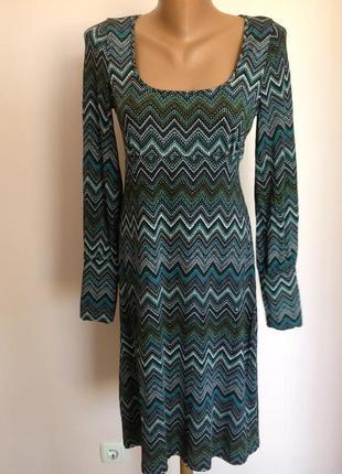Вискозное красивое платье. /m/ brend sinequanone