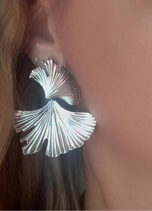 Серьги в стиле zara сережки серебро вечерние цветочек