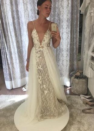 Шикарнейшее свадебное платье crystal design6 фото