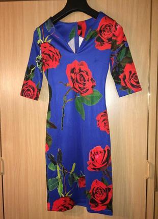 Плаття в квітковий принт s-m платье