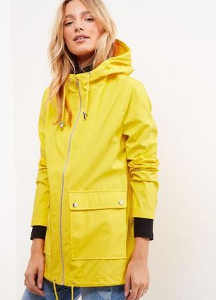 Стильное пальто дождевик