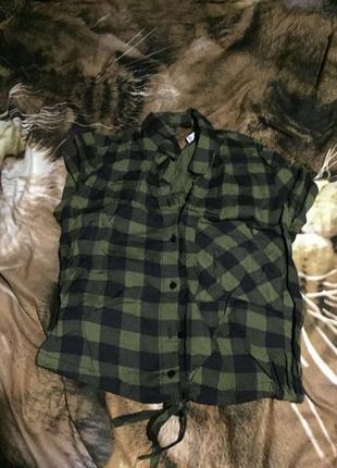 Красивая укорочённая блузка рубашка размер xs bershka