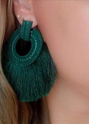 Серьги зеленые нити бахрома кисти в стиле zara сережки