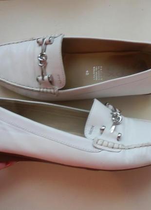 Кожаные туфли балетки geox 40р