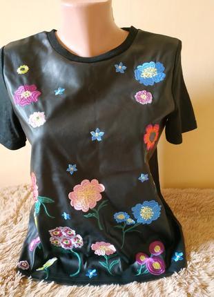 Красивая футболка с вышивкой от zara