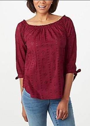 Красная и черная блузы из прошвы большой размер