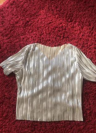 Нарядная фудболка блуза