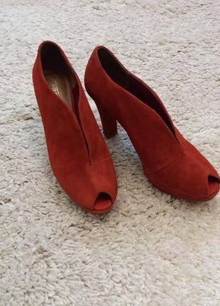 Бомбезные туфли 39р