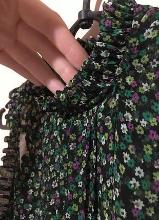 Шикарная блуза topshop в цветочный принт с воротником стойкой