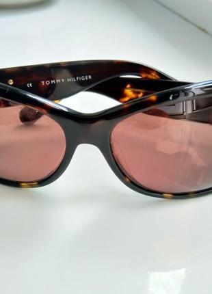 Солнцезащитеые очки, оригинал, с фирменным родным футляром