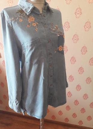 Стильные джинсовые рубашки