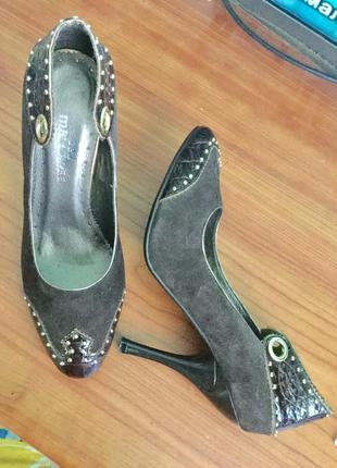 Замшевые туфли 35-35,5