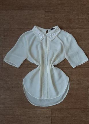 Блузка шифоновая с расшитым воротником
