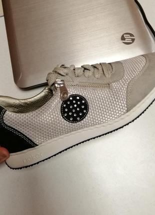 Жіночі кросівки rieker