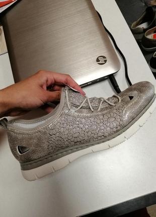Жіночі кросівки comforto rieker