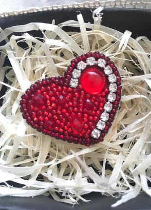 Брошка ручної роботи, червоне серце, брошь