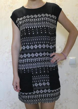 Черное платье метал