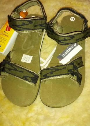 Супер комфорт и легкость!спортивного типа сандалии на липучках,43-44разм,стелька-29см.