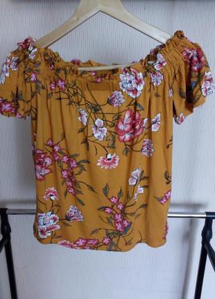 Блуза кофточка топ с открытыми плечами