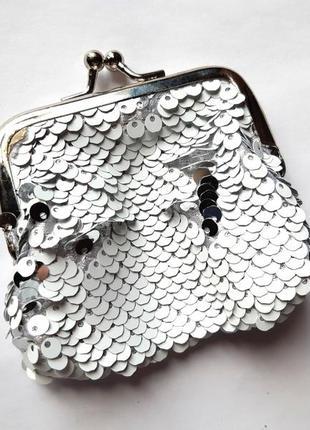 Маленький кошелек в пайетках-перевертышах (белый-серебро)