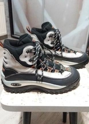Зимние трекинговые ботинки salomon thinsulate clima-dry