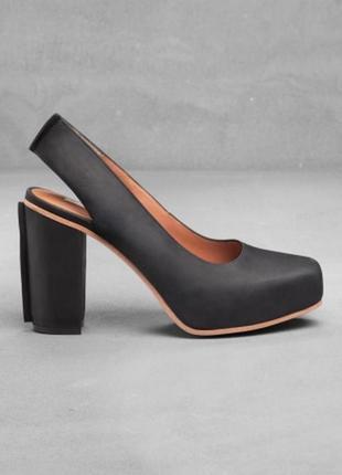 Кожаные босоножки 40р. 26 см. удобный устойчивый каблук