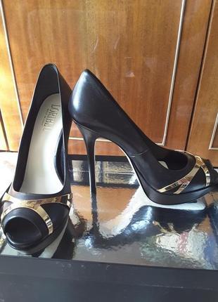 Шикарные туфли loriblu 39р.