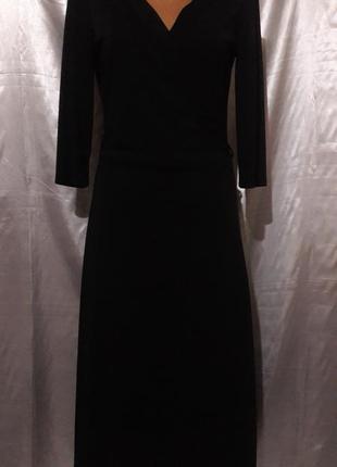 Стильное черное платье на запах