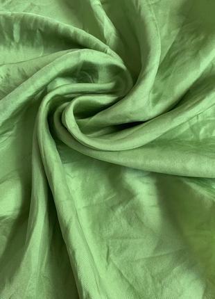 Нежно салатовый шелковый платок шелк натуральный сумочный шейный носовой платок
