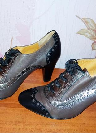 Ботинки от итальянского бренда voltan