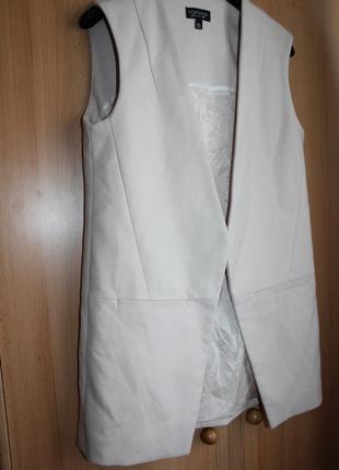 Пиджак жакет без рукавов пудровый на xs_s длинный жилет блейзер