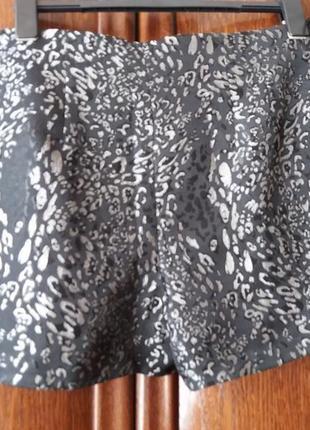 Нарядные фактурные шорты--14 16р2 фото