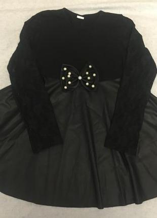 Красивое платье гипюр кожа