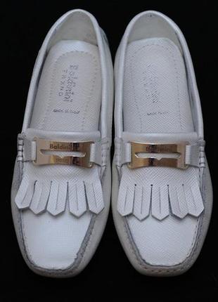 Мокасины baldinini trend (италия), перламутрово-белого цвета.