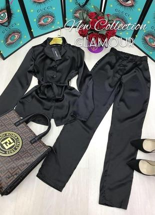 Черный атласный костюм
