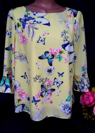 Шикарная блуза в бабочки размер  10-14 (42-44)