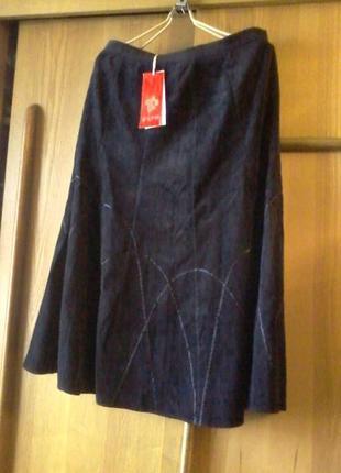 Красивая вельветовая юбка на подкладке