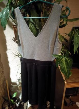 Очень крутое платье h&m с вырезами на талии
