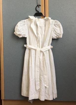 Елегантна біла сукня для дівчинки