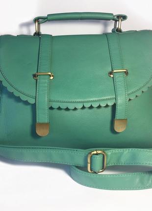 Мятно-зеленая сумочка asos