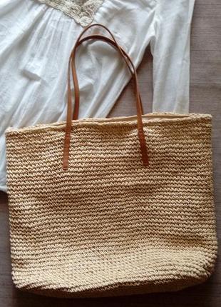 Летняя плетенная пляжная сумка