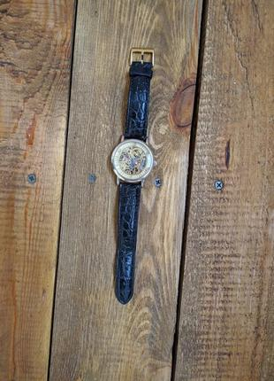 Механияескте часы (skeleton)