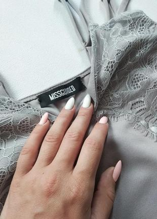 Очень красивое платье в бельевом стиле серое от missguided4 фото